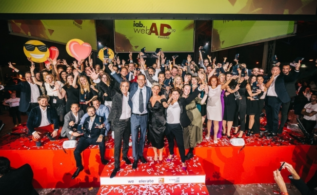 Gewinner auf der Bühne beim iab webAD 2019