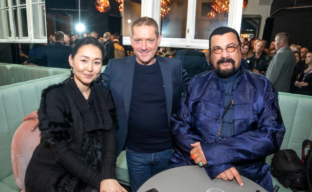 Erdenetuya Batsukh, Markus Wischenbart, Steven Seagal