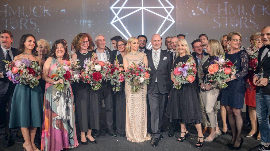Schmuckstars Galanacht mit Moderatorin Silvia Schneider