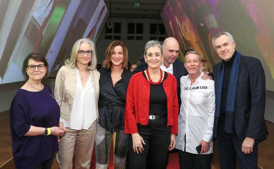 Die Ausstellungsmacher zusammen mit Ulrike Lunacek