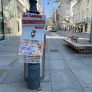 Vergessener Zeitungsbeutel in der Kärntner Straße - Corona-Krise in Wien