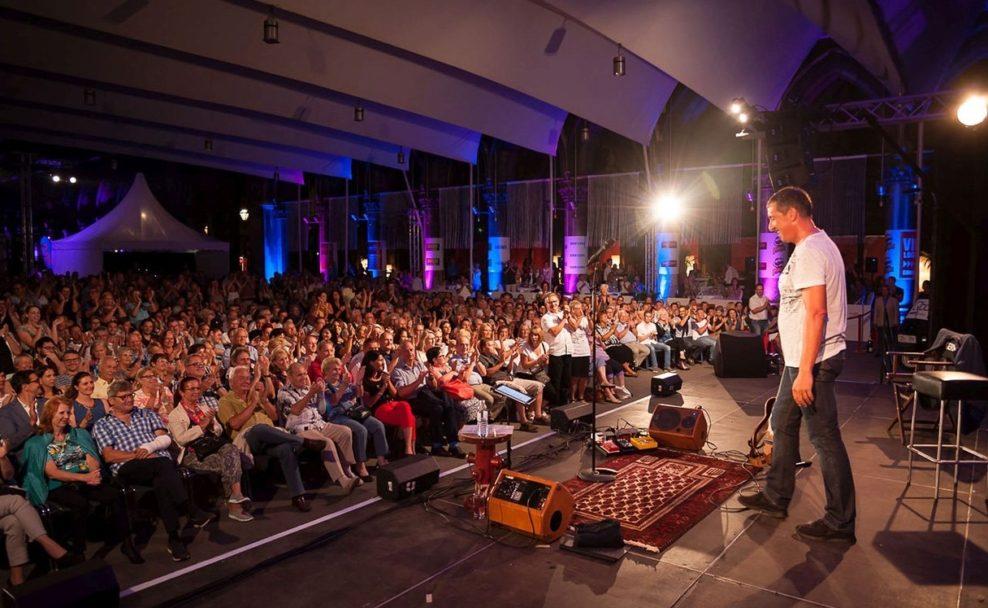 Viktor Gernot ist Stammgast beim Wiener Kabarettfestival