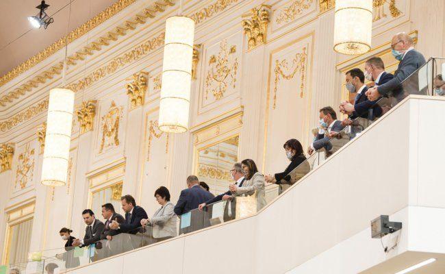Blick Richtung Abgeordnete auf der Besuchergalerie