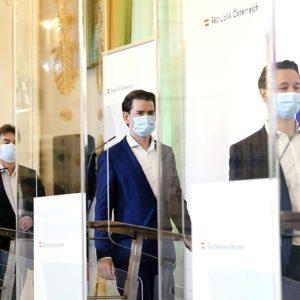 Vizekanzler Kogler, Bundeskanzler Kurz und Finanzminister Blümel