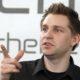 Max Schrems kämpft für besseren Datenschutz gegen die Windmühlen der EU