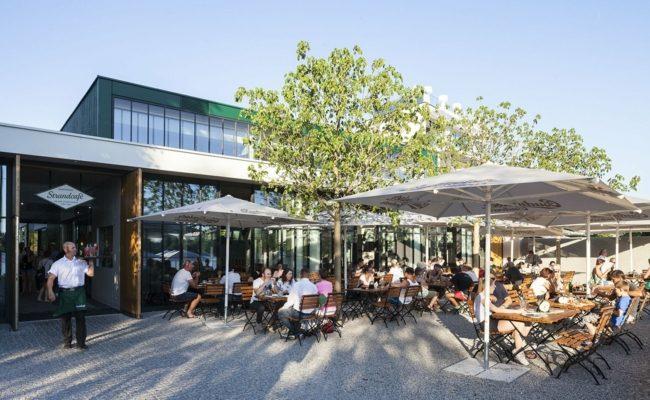 Strandcafe an der Alten Donau begrüßt wieder Gäste für einen Lokalbesuch
