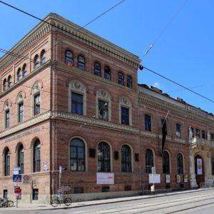 WUK Kulturhaus ist ein alternatives Kulturzentrum in der Währinger Straße 59 im 9. Wiener