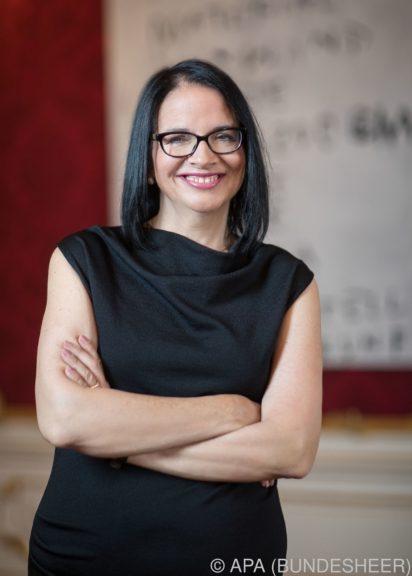 Andrea Mayer wird Kunst- und Kulturstaatssekretärin als Nachfolgerin von Lunacek
