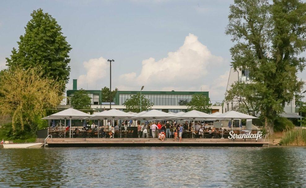 Das Strandcafe an der Alten Donau hat wieder offen