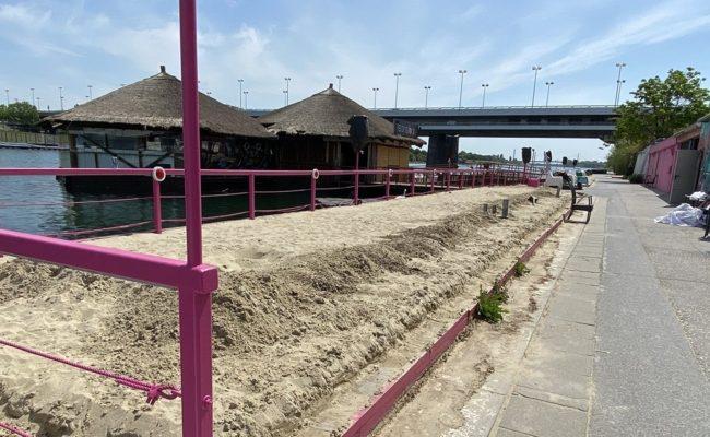 Sunken City Lokal Sansibar auf der Donauinsel zehn Tage vor dem Feuer
