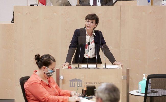 36. Sitzung des Nationalrates im Zeichen der Corona-Krise ohne Mund-Nasen-Schutz