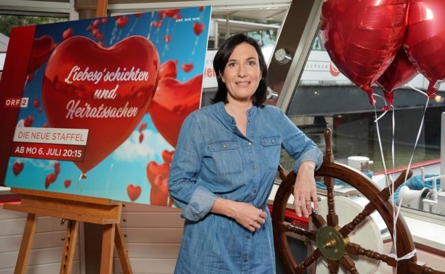 """Nina Horowitz leitet die Sendung """"Liebesgschichten und Heiratssachen"""""""