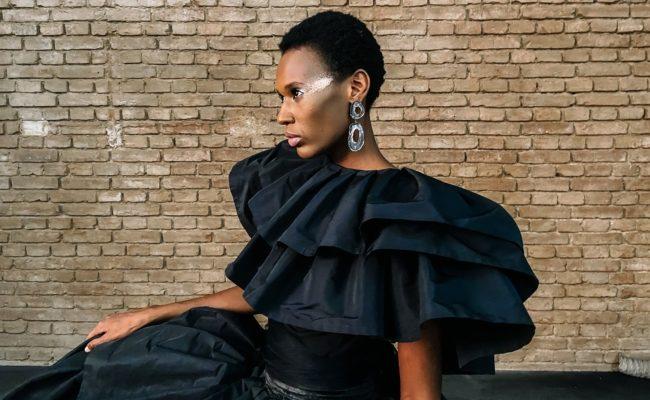 Wiener Models Talent Aishat Gina für die MQ Vienna Fashion Week 2020 Kampagne