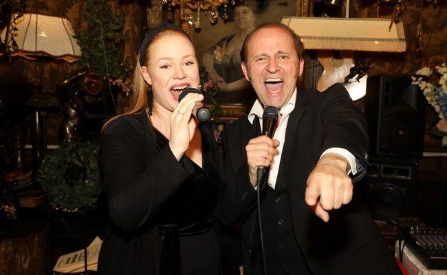 Stella und Reinwald Kranner sangen beim Sommernachtsfest von Birgit Sarata im Marchfelderhof