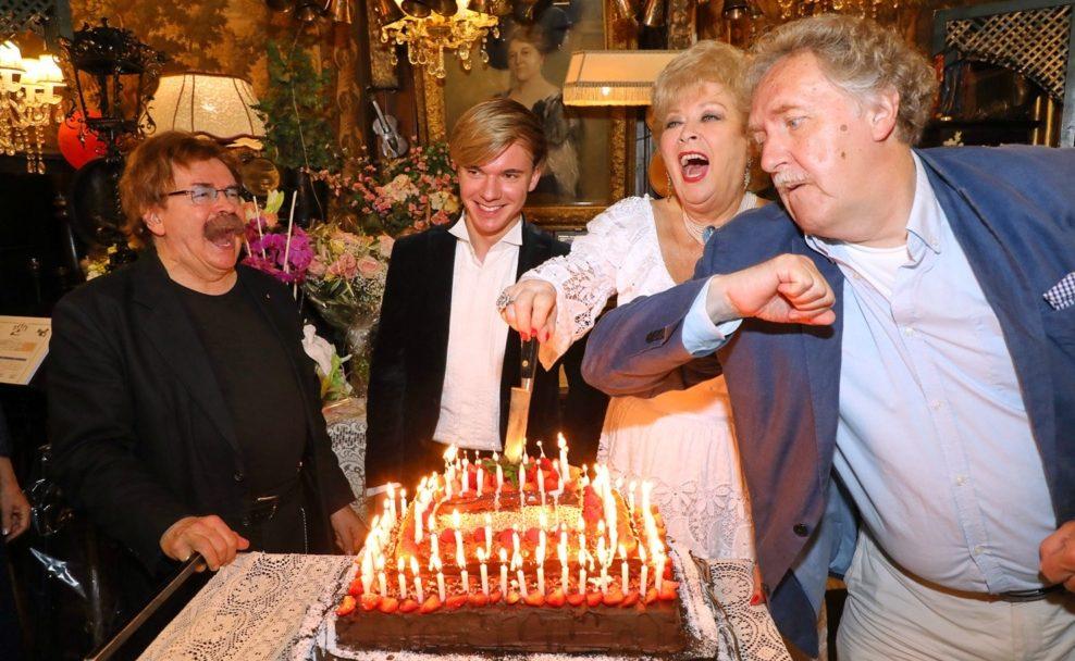 Gerhard Bocek, Yury Revich, Birgit Sarata, Franz Suhrada beim Sommernachtsfest im Marchfelderhof
