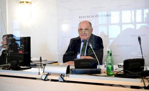 Rechtsgutachten über Annahme von Beweismittel von Sobotka bestellt