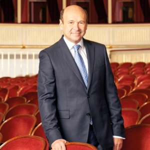 Dominique Meyer wurde zum Ehrenmitglied der Wiener Staatsoper ernannt