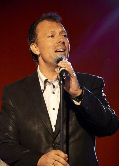 Entertainer Wolf Frank macht den Auftakt auf der neuen Sommerbühne im Schönbrunner Stöckl
