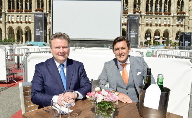 Bürgermeister Michael Ludwig und Stadtrat Peter Hanke machten den Test