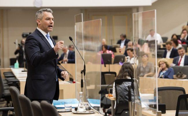 Rede von Innenminister Karl Nehammer (V) bei der 43. Sitzung des Nationalrates