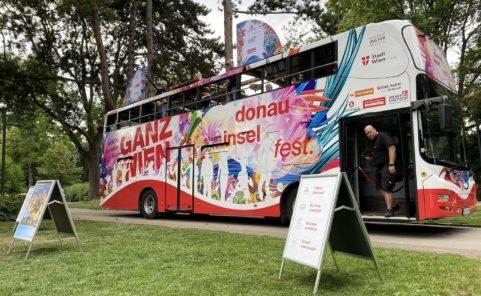 Donauinselfest Tourbus mit Wir4 machte Halt im Währingerpark