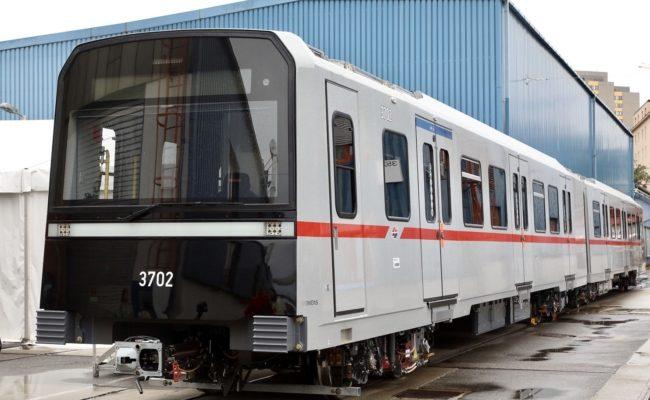 Der erste Zug der neuen U-Bahn-Generation X-Wagen im Siemens Werk Simmering