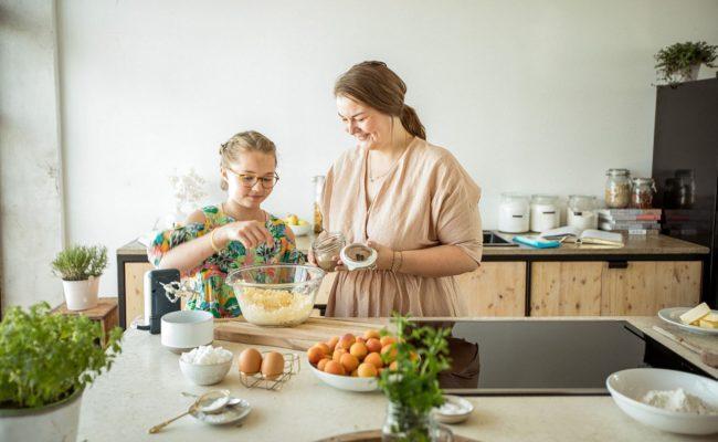 Food-Bloggerin Mara Hohla stellt Rezepte in der Showküche von Elektra Bregenz vor