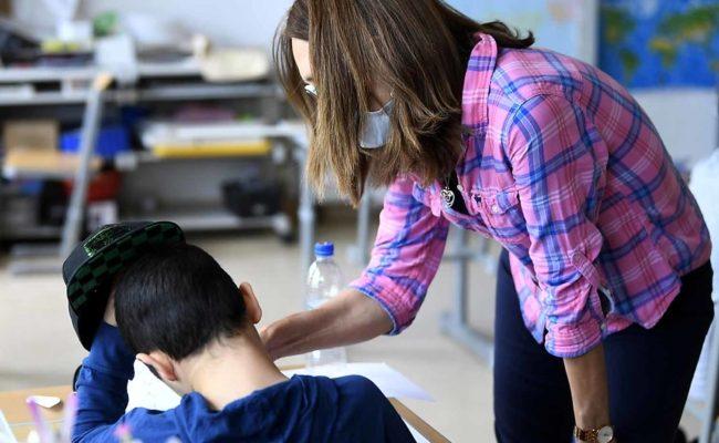 Maskenpflicht an Schulen wird nach Anweisung der Corona-Ampel verordnet
