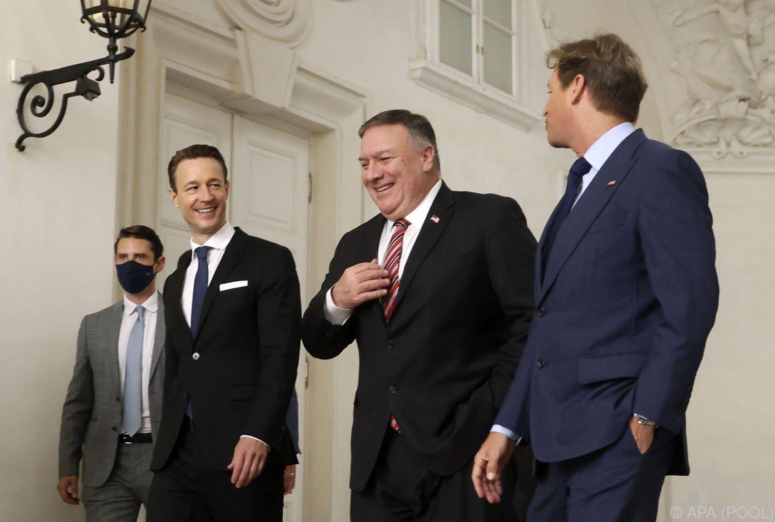 Pompeo erhält Auskunft zu 5G-Ausbau und Nord Stream