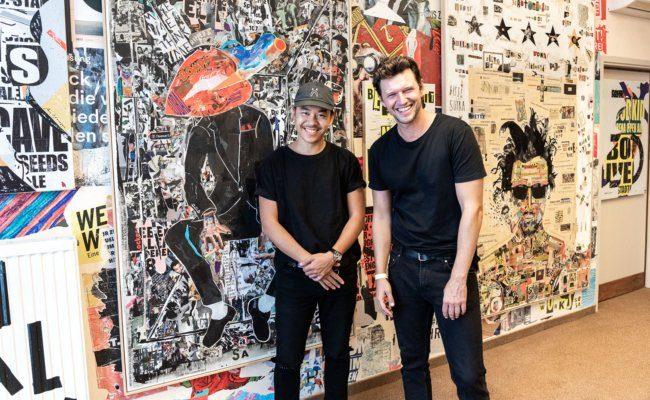 Martin Ho stellt Werke des Künstlers Sasa Knezevic aus