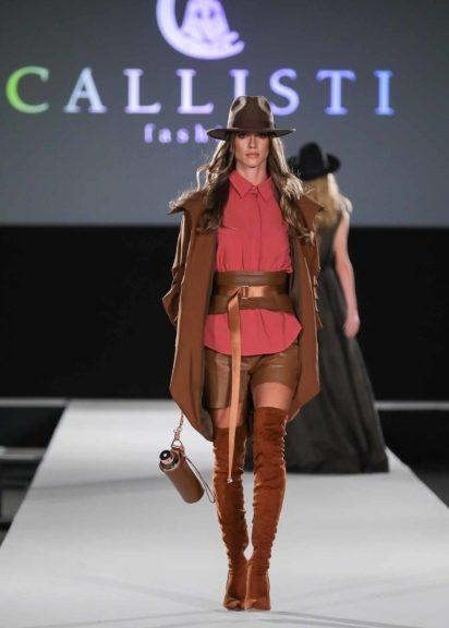 Martina Mueller schickte ihre Models mit Hüten auf den Laufsteg