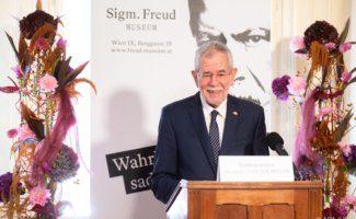 Van der Bellen bei der Wiedereröffnung des Sigmund Freud Museums