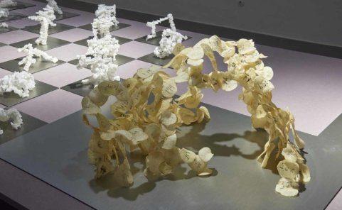 Kartoffelchips-Modell von Chien-Hua Huang in der MAK Galerie Pop-up-Ausstellung