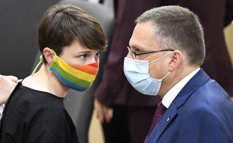 August Wöginger (ÖVP) schätzt vor allem Sigrid Maurer (Grüne) sehr