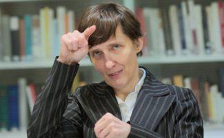 Louise Kennedy erhält Ehrenpreis des Österreichischen Buchhandels 2020
