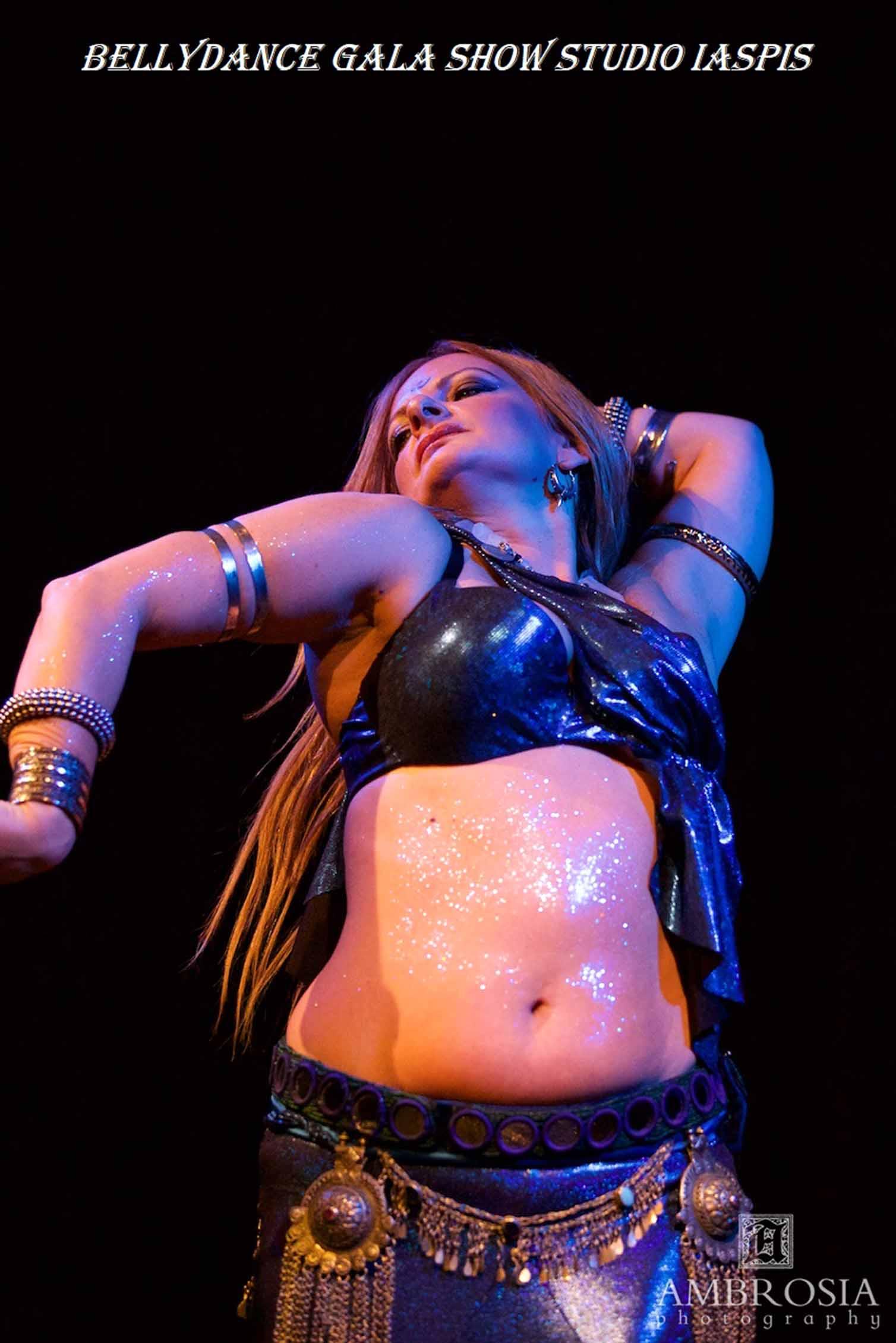 Eleganter Bauchtanz bis zu modernen Tribal Fusion, feuriger Arabic Flamenco und spannende Showtänze