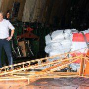 """Nehammer """"begleitet"""" Hilfslieferung für Flüchtlinge aus Moria"""