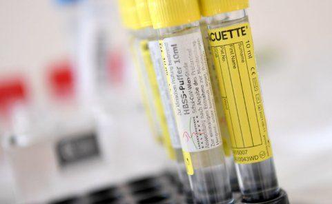 Gurgeltests an Wiener Schulen um Covid-19-Infizierte aufzuspüren