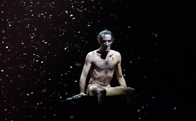 "Saul Daniele Ardillo als Don Juan in der Schlussszene des Stücks ""Don Juan"""