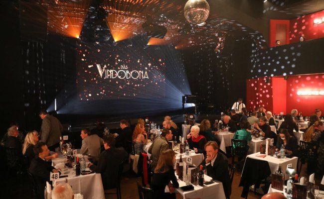 Das Vindobona in Wien Brigittenau feierte Eröffnungsgala mit einer Dinner Show