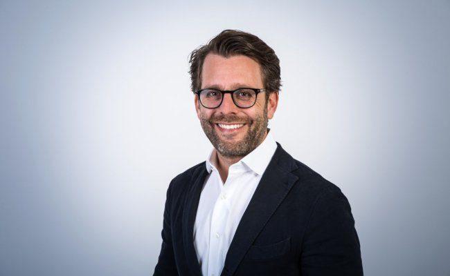 arkus Graf ist seit Juni 2019 Chief Commercial Officer der Wiener Zeitung GmbH