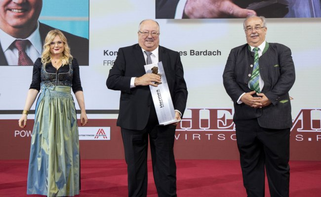 Monica Rintersbacher, Entrepreneur des Jahres Hannes Bardach, Gerhard Schlögel