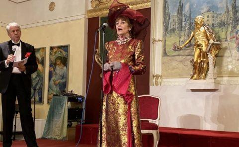 Dina Larot eröffnete im Palais Palffy ihre Ausstellung