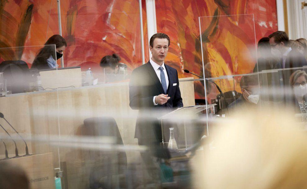 Rede von Finanzminister Gernot Blümel (ÖVP)