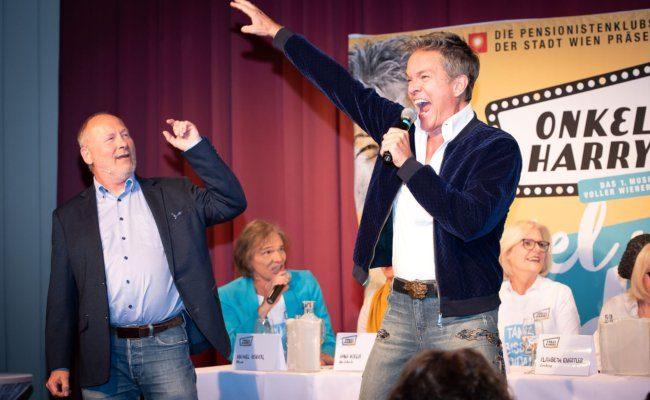 """Musical """"Onkel Harry"""" mit Alfons Haider und Peter Faerber"""