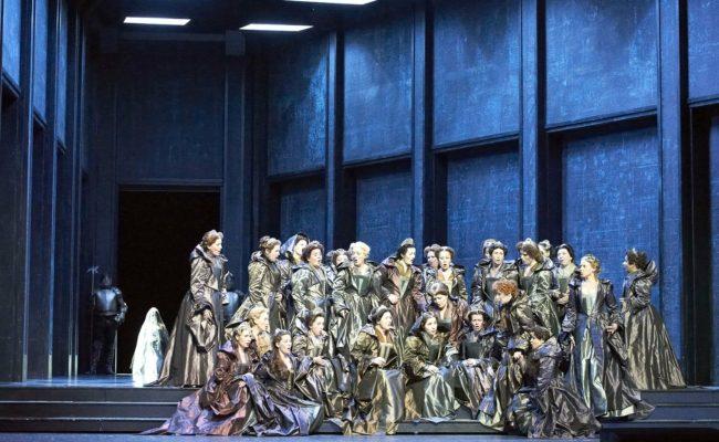 Szene aus der Oper Anna Bolena an der Wiener Staatsoper als Steaming