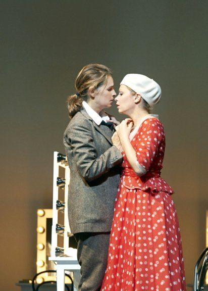 Sophie Koch und Daniela Fally in der Oper Ariadne von Naxos an der Wiener Staatsoper