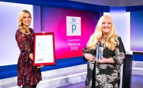 Elisabeth Römer-Russwurm nimmt Staatspreis Werbung 2020 entgegen