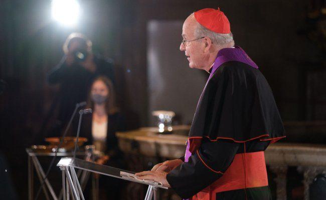 Kardinal Schönborn spendet tröstende Worte des Glaubens
