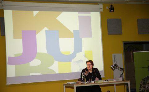 """Karin Ammerer liest beim Kinder- und Jugendbuchfestival """"KiJuBu"""""""